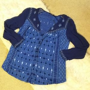 Lucky brand sz s blouse embroidery